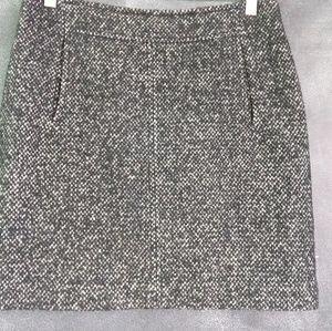 BANANA REPUBLIC | Black Wool Tweed Mini Skirt Sz 6